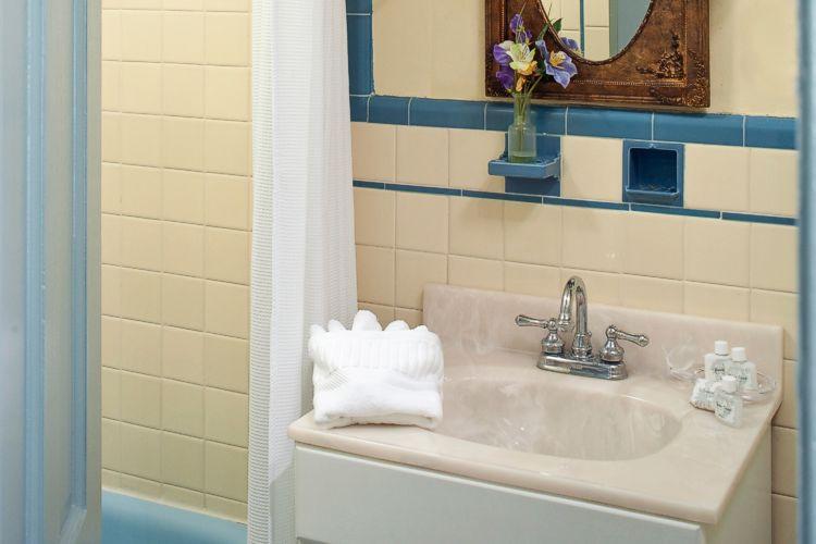 The Blue Room Bathroom